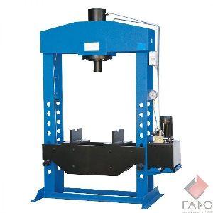 Пресс электрогидравлический напольный на 100 тонн ОМА-666